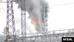 Пожар на НПЗ в Атырау. Иллюстративное фото.