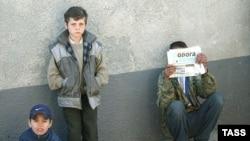 Беспризорники на улицах украинских городов так же киногеничны, как и в России