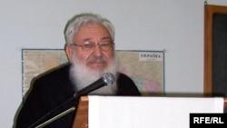 Кардинал Любомир Гузар під час виступу