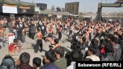 کابل کې د ابوالفضل پر زیارت ولاړ امنیتي ځواکونه چې د مذهبي مراسمو امنیت ټینګوي.