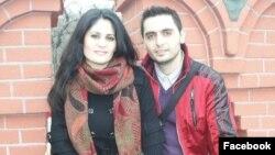 Մարատ Ուելդանով-Գալուստյանը քրոջ՝ Մարիանա Միրզոյանի հետ, լուսանկարը՝ «Ֆեսյբուք» սոցիալական ցանցից