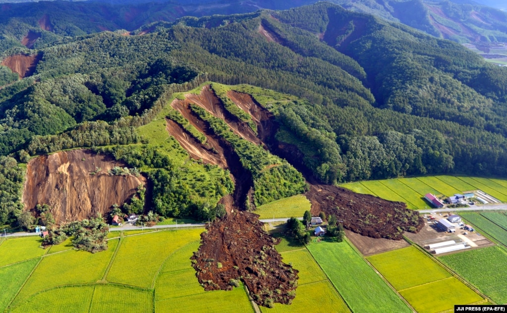 An aerial photo shows the aftermath of a large landslide that occurred after an earthquake hit Hokkaido in northern Japan on September 6. (epa-EFE/Jiji Press)