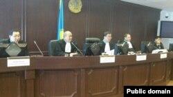 Судебное заседание по делу о событиях в Жанаозене. Астана, 28 мая 2013 года.
