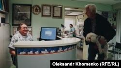 Крунослав Хрвачич у власній ветеринарній клініці