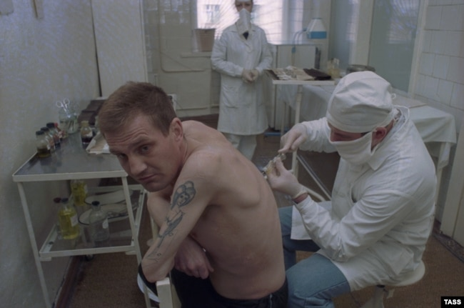 Осмотр заключенных в Воронеже.