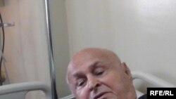 شيخ المدربين عمو بابا قبل ساعتين من وفاته