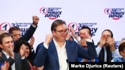Predsednik Srbije Aleksandar Vučić se obraća nakon prvih preliminarnih rezultata parlamentarnih izbora u Srbiji