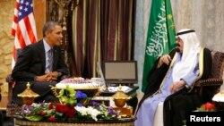 АҚШ президенті Барак Обама мен Сауд Арабиясы королі Абдалла бен Абдел Азиз Әл Сауд. Эр-Рияд, 28 наурыз 2014 жыл.