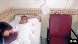 جابر جاهدشیران گفته است که فرزندش سه روز در بیمارستان بستری بوده و «الان چشمش تار میبیند و مدام سردرد دارد».
