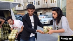 Armenia -- Young volunteers store humanitarian aid which is due to sent to Syria, Yerevan, 1Oct2012.
