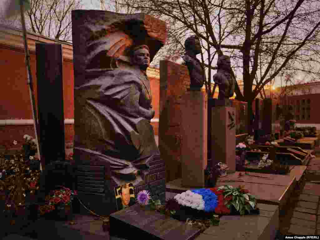 The final resting place of Vasily Margelov, the Red Army general who was buried in Novodevichy Cemetery in 1990.
