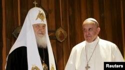 Հռոմի պապ Ֆրանցիսկոսը և Համայն Ռուսիո պատրիարք Կիրիլը Հավանայում, 12-ը փետրվարի, 2016թ․