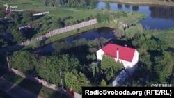 Майно Віктора Шокіна у селі Ленди Київської області