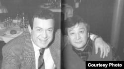 """Иосиф Кобзон (слева) и Алимжан Тохтахунов. Фото из книги Алимжана Тохтахунова """"Мой шелковый путь"""""""