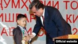 Таџикистанскиот претседател Имомали Рамон