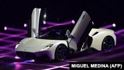 """""""Maserati MC20"""" - люкс классындагы италиялык спорт унаасы (архив: сентябрь 2020)"""