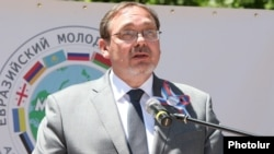 Armenia - Russian Ambassador Ivan Volynkin addresses a Eurasian youth forum in Tsaghkadzor, 11Jun2014.