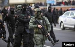 Білоруські силовики затримали 1 і 2 листопада 321 учасника акцій протесту. Лунали постріли