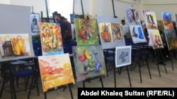 جانب من معرض طلاب قسم الفن التشكيلي في كلية الاداب بجامعة دهوك