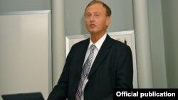 Гуннар Стетлер Швеция прокуратурасининг коррупцияга қарши кураш бўйича Европада энг танилган прокурорларидан ҳисобланади.