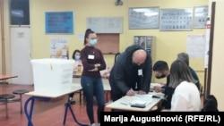 Glasanje u Travniku (11. april)