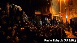 Protestuesit gjatë natës në Kiev