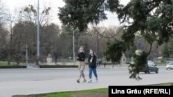 Sâmbătă, 14 martie, după ce s-a impus Codul roșu, centrul Chișinăului era destul de pustiu.