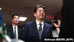 Синдзо Абэ в штаб квартире Либерально-демократической партии в Токио, 22 октября 2017 г.