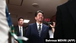 Синдзо Абэ в штаб квартире Либерально-демократической партии в Токио, 22 октября 2017 года.