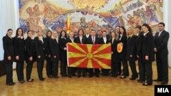 Претседателот Ѓорге Иванов ја прими Македонската женска ракометна репрезентација која ќе настапи на eврошампионатoт во Србија, што ќе се одржи од 4 до 16 декември.