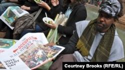 Жители Нью-Йорка. Иллюстративное фото.