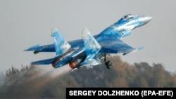 Ваша Свобода | Су-27 упав під час навчань в Україні