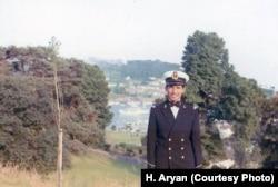 سال اول دوره دانشجویی در دانشکده نیروی دریایی سلطنتی بریتانیا، دارتموث