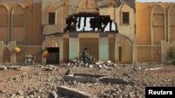 Pamje nga shkatërrimet në qytetin verior Gao në Mali nga luftimet e mëparshme