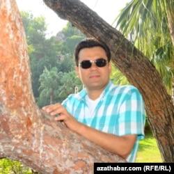 """Ресул Атагелдыев, известный туркменский предпринематель приговорён к 25 годам тюрьмы по обвинению в связях с """"Гуленским движением"""""""