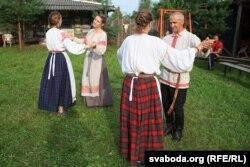 Майстар-кляса па народных танцах