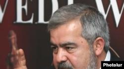 Հայաստան -- ՀՅԴ-ի բյուրոյի ներկայացուցիչ Հրանտ Մարգարյան, արխիվ