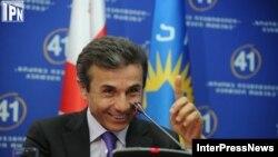 """""""Грузия кыялынын"""" көсөмү Бидзина Иванишвили. Тбилиси, 2-октябрь 2012"""