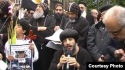 مسيحيون مصريون مشاركون في إحتجاج إستنكاراً لحادثة ماسبيرو
