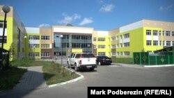 Здание новой школы от ТДСК в Томске