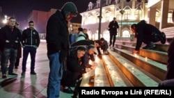 Sveće u znak solidarnosti sa Ukrajincima u Prištini 3. marta