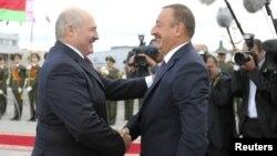 Alyaksandr Lukashenka və İlham Əliyev