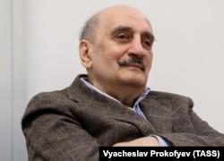 Сергей Григорьянц на презентации первых двух книг своей автобиографической трилогии