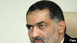 مهدی هاشمی، سرپرست وزارت کشور ایران می گوید: مستندات کافی درباره کشته شدن دو گروگان ایرانی وجود ندارد. (عکس از فارس)
