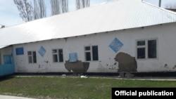 Школа в селе Карамык после землетрясения, 3 мая 2017 г.