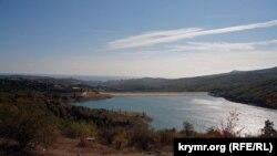 Крим, Алушта, Ізобільненське водосховище, 2006 рік