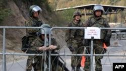 Војници на КФОР на Косово