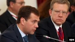 Solda - Medvedev, sağda - Kudrin