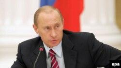 Политологи говорят, что единственной сенсацией послания президента Путина стало бы имя его преемника