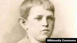Fyodor Dostoyevskinin uşaqlıq fotosu